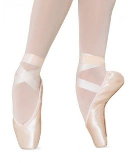 s0102-bloch-amelie-soft-pointe-shoe