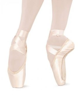 s0131-bloch-serenade-pointe-shoe